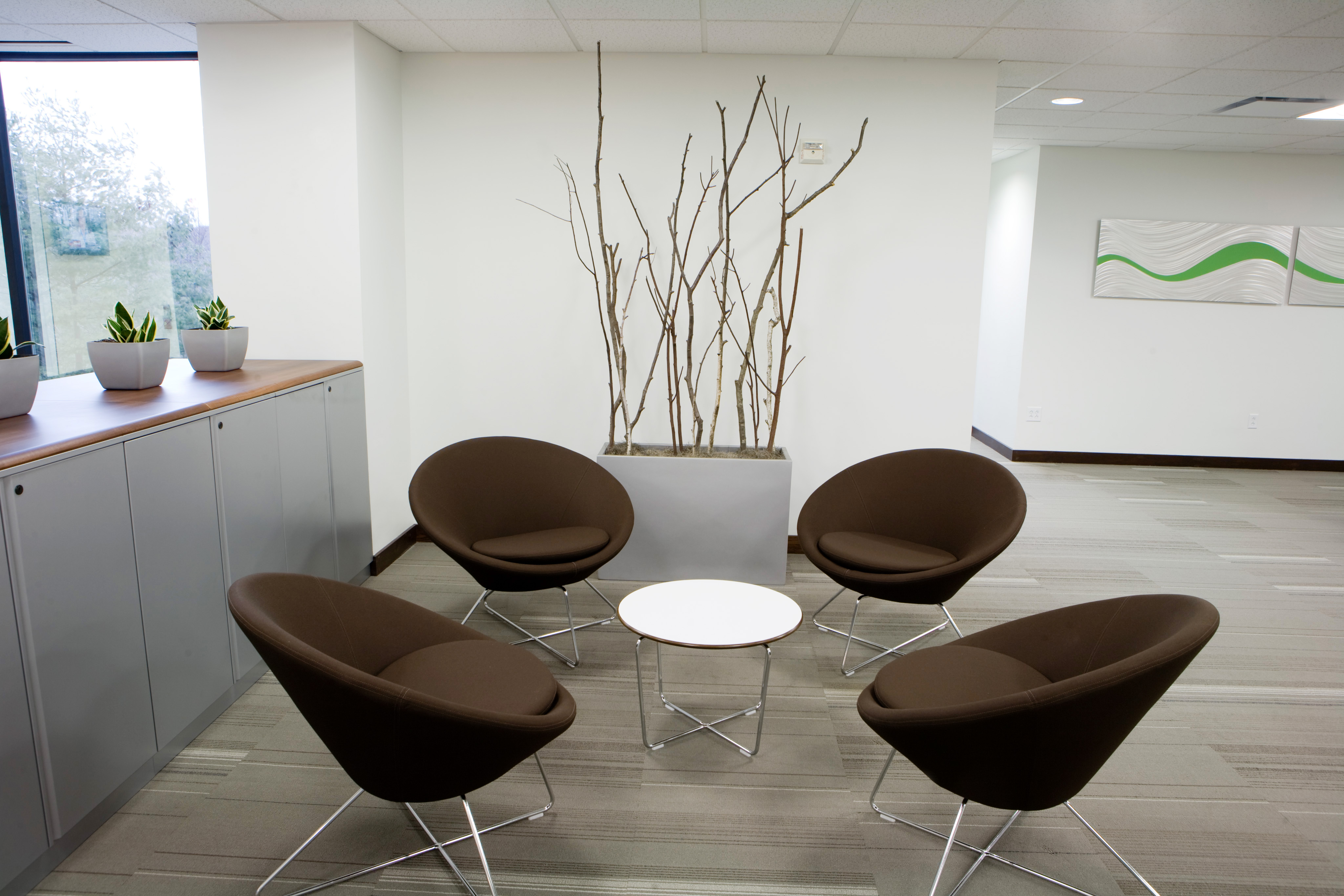 must have checklist for hosting office guests and clients