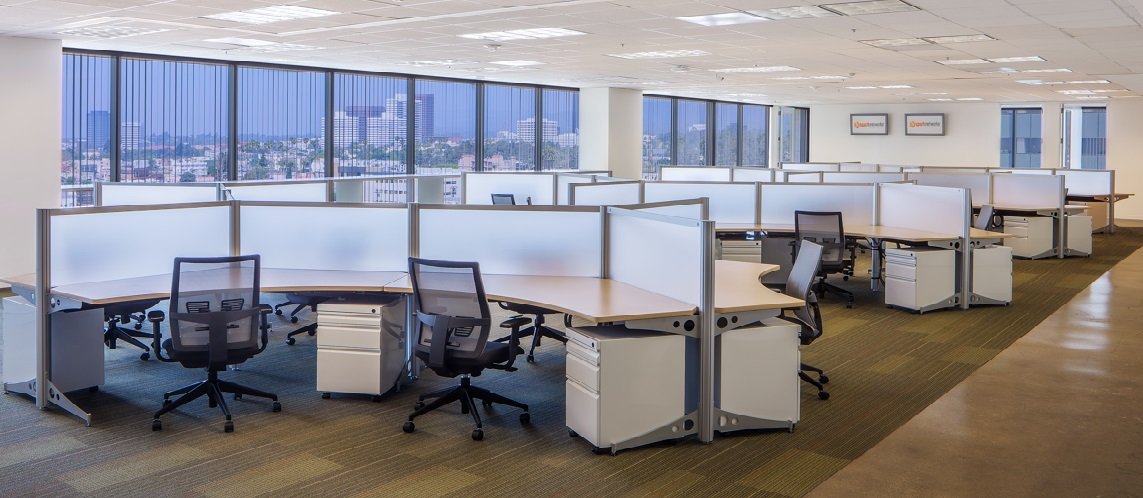 Office layout transitions going from traditional to for Office design furniture layout
