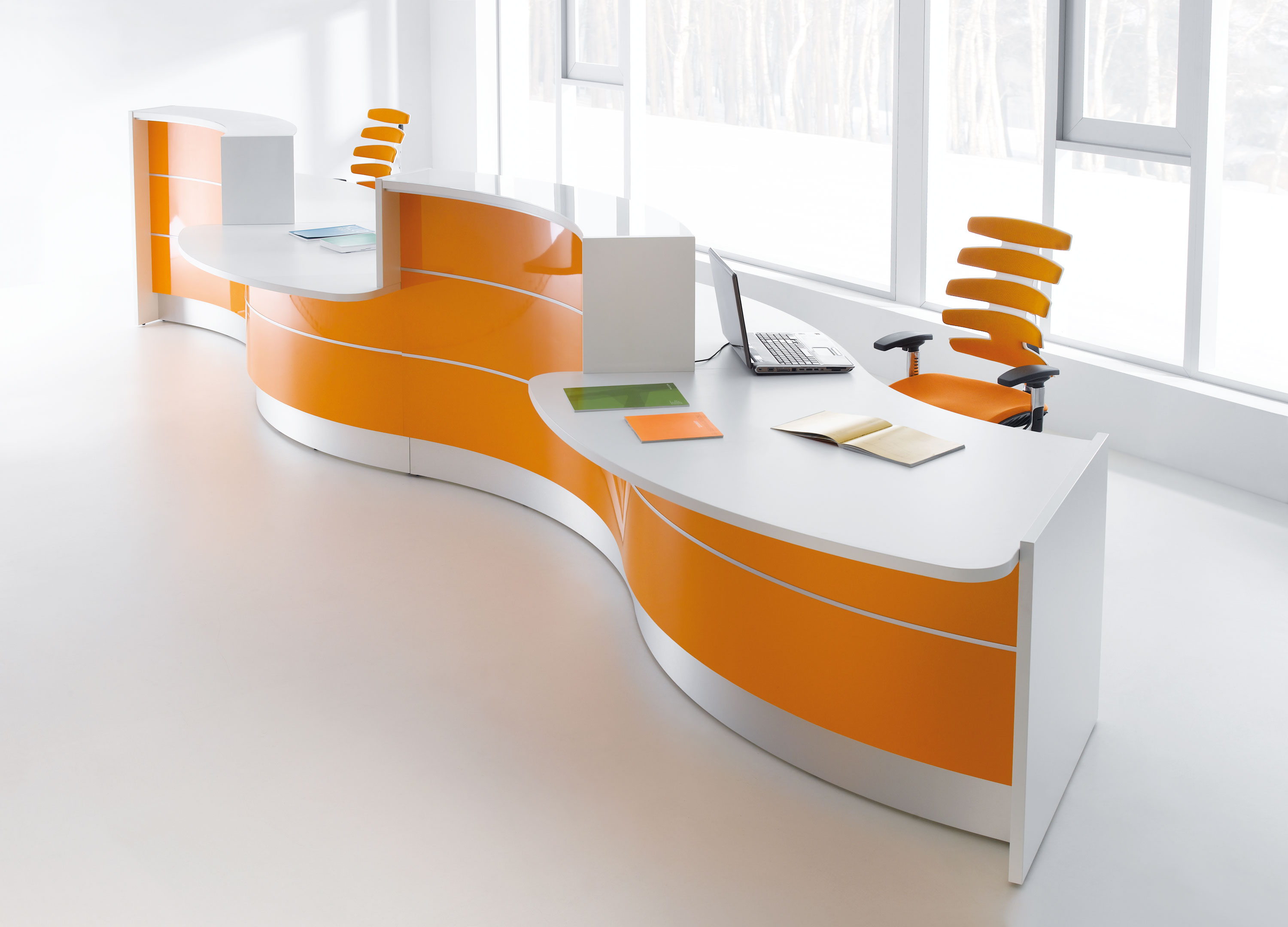 plain modern furniture office to design