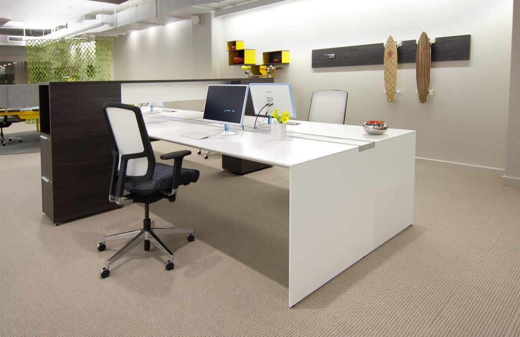 Clear the clutter and you'll be more productive at your office desk.