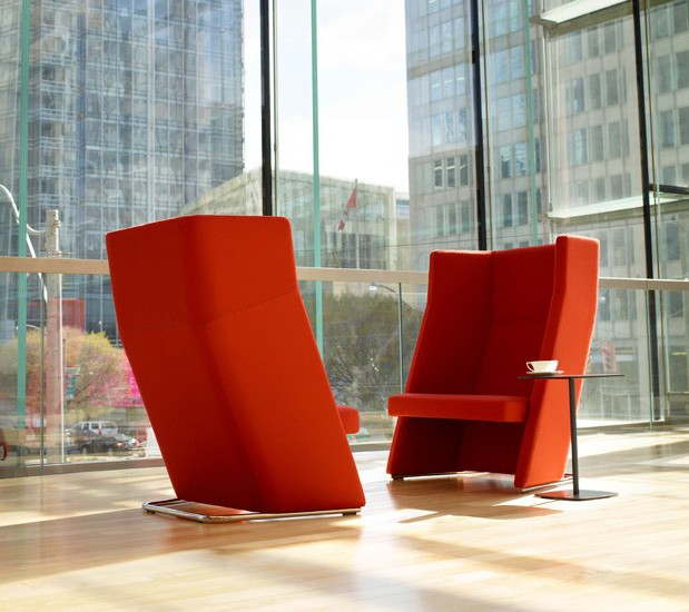 Collaborative office seating by StrongProject