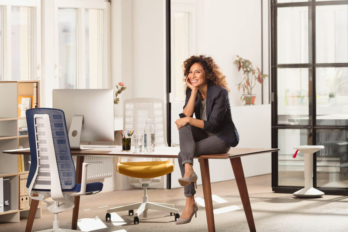 task chairs minimalism