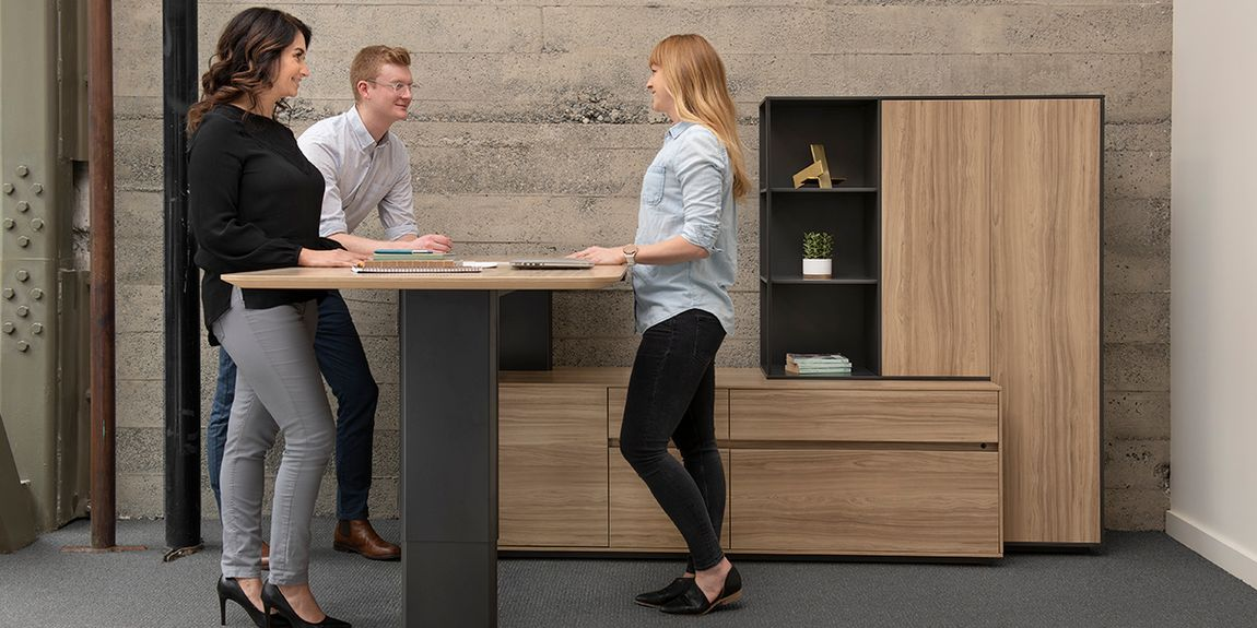 adjustable height meeting tables